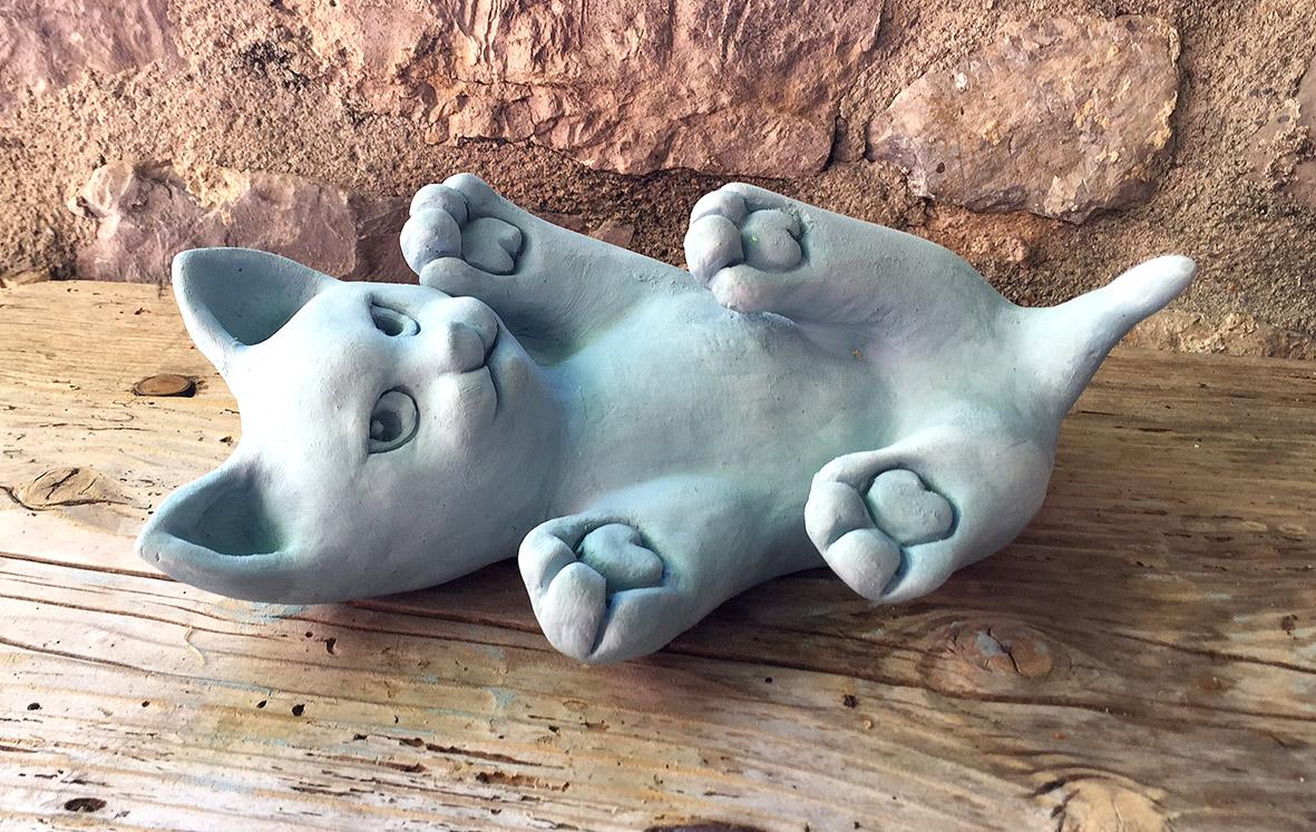 Sculptez un petit chat trop mignon en argile sans cuisson - Modele poterie pour debutant ...